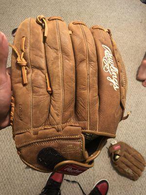 3 brand new baseball gloves for Sale in Mableton, GA