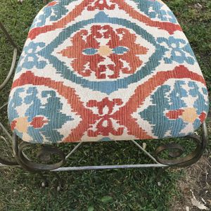 3— Bar Stool In Very Good Condition for Sale in Garland, TX