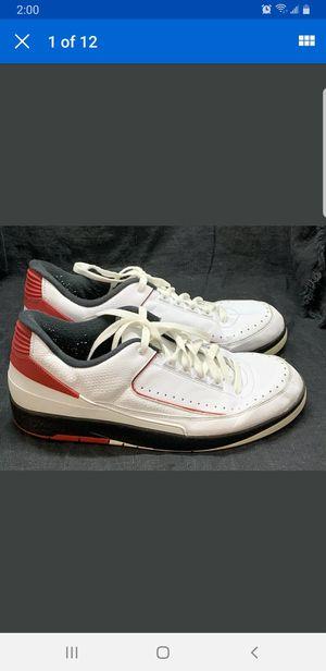 Mens Air Jordan 2 Retro Low (Chicago) White/Varsity Red-Black 832819-101 Sz 12 for Sale in San Diego, CA