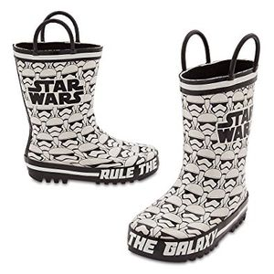 Star Wars stormtrooper kids rain boots. Size 9 for Sale in Fort Washington, MD