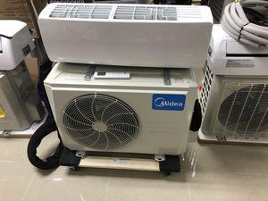 Portable 12000 btu mini split AC unite for Sale in North Palm Beach, FL