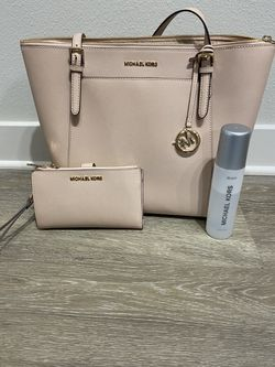 Micheal Kors Tote Bag and Smartphone Wallet for Sale in Franklin,  TN