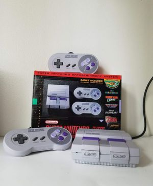 Super Nintendo Classic (modded with 40 extra games) for Sale in Monrovia, CA