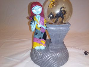 Nightmare before Christmas Sally snow globe for Sale in Melrose Park, IL