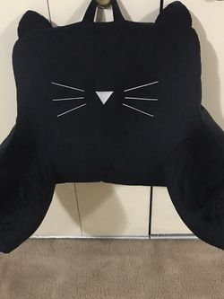 Available Back Pillow Black Velvet Cat Face Pick Up Gaithersburg Md20877 Cash Only for Sale in Gaithersburg,  MD
