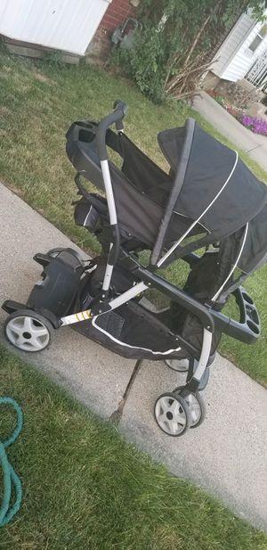 Graco double stroller for Sale in Detroit, MI
