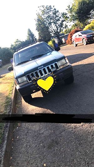 Jeep Grand Cherokee Laredo 93' for Sale in Milwaukie, OR