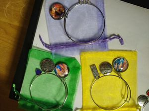 Custom picture bracelets for Sale in Princeton, FL