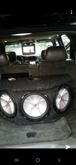 "12"" kicker subs for Sale in CARPENTERSVLE, IL"