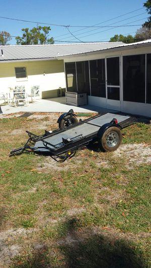 2 bike fold up trailer for Sale in Frostproof, FL