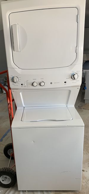 """GE 27"""" Stacked Washer With Gas Dryer (White) for Sale in Henderson, NV"""