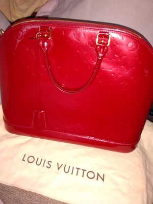 Alma GM Louis Vuitton handbag red for Sale in Riverside, CA