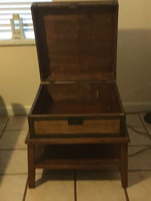 Antique table for Sale in Belleair Bluffs, FL