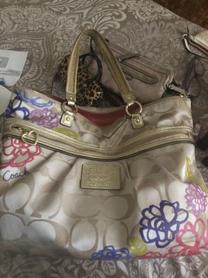 Coach purse for Sale in Silver Spring, MD