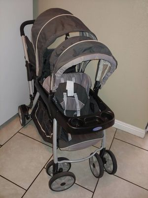 Graco double stroller for Sale in Paradise, NV