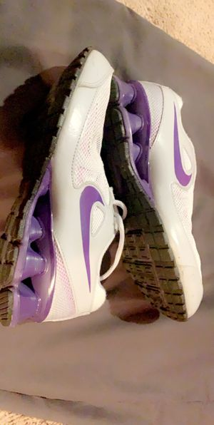 Like new nike shoes for Sale in Douglasville, GA