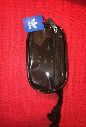 Adidas Fanny pack for Sale in Rialto, CA