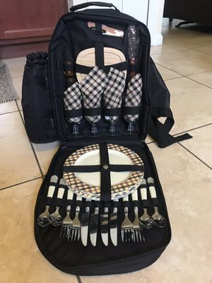 Picnic at Ascot Deluxe Picnic Backpack for Sale in Miami, FL