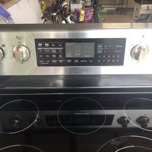 Samsung Microwave And Double Oven for Sale in Port Charlotte, FL