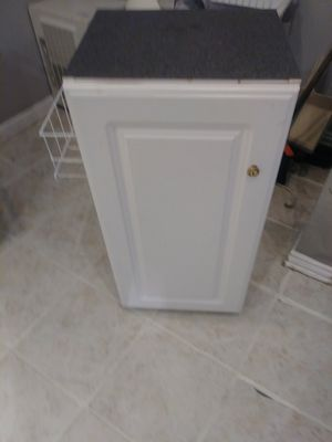 Styling cart for Sale in North Richland Hills, TX