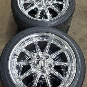 Weld Wheels 18 Corvette for Sale in Attleboro, MA