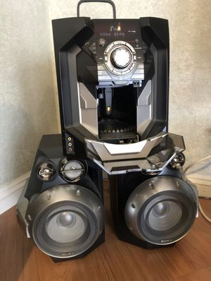 RARE 60 CD & Cassette Tape Sony Player for Sale in Los Angeles, CA