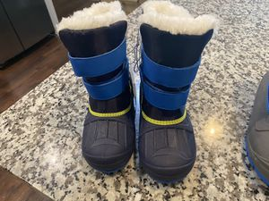 Kids snow boots brand new for Sale in Houston, TX
