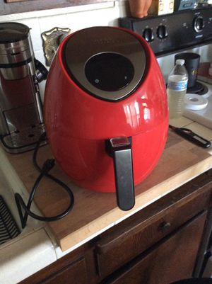 TODD ENGLISH 1500W 3.3 QT TOUCHSCREEN DIGITAL AIR FRYER -Red used once cost 149 for Sale in National City, CA