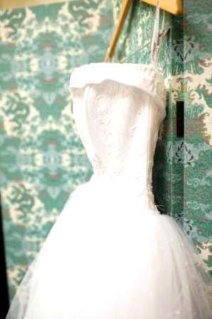 Wedding Dress Gorgeous White for Sale in Endicott, NY