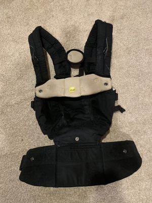 b5b03ec82ba Lille all seasons baby carrier for Sale in Vancouver