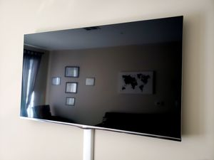 50 inch LG Smart TV- $250 for Sale in Lanham, MD
