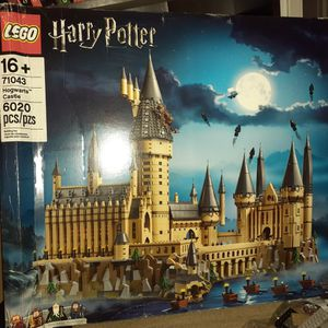 New Lego 71043 Harry Potter. $420 OBO. Box Has Damage. for Sale in Stockton, CA