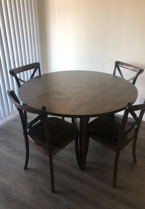 wood dinner/kitchen table for Sale in Orange, CA
