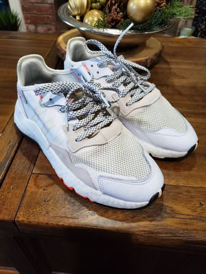 Adidas nite jogger size 10 for Sale in Manteca, CA