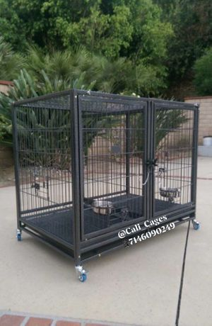 Dog pet cage kennel size 43 lower with divider tray and feeding bowls for Sale in Montclair, CA