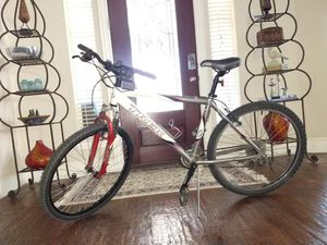 Trek Apha 4300 mountain bike ..great condition ... Looks and rides great 18 inch frame , 21 speed for Sale in Plano, TX