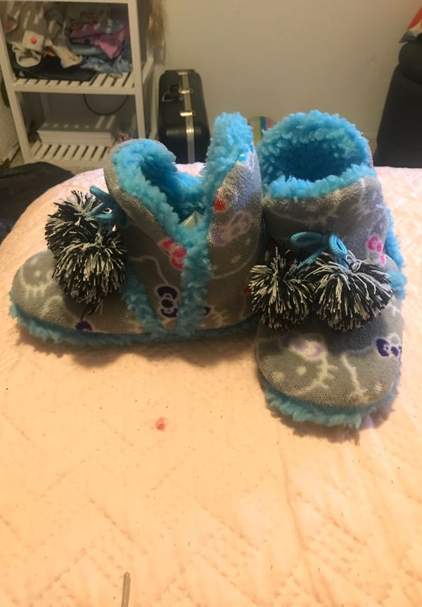 Hello kitty slippers size 11/12