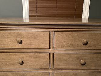 Dresser From BuyBuyBaby for Sale in Roseland,  NJ