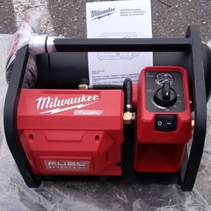 $250 Deal Reg $349 Milwaukee M18fuel Brushless Air Compressor New for Sale in Sedro-Woolley, WA