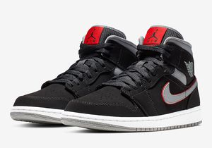 Nike Air Jordan Retro 1 Mid Black Particle Grey Gym Red AJ1 554724-060 11.5 for Sale in Kissimmee, FL