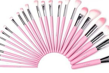 Beauty Creations Cotton Candy 24 Piece Brush Set for Sale in Anaheim,  CA