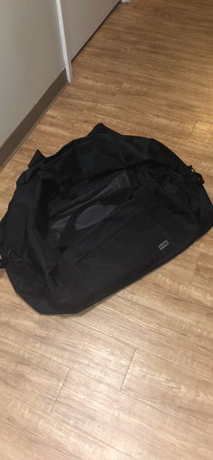 Giant XL Duffle Bag for Sale in Staten Island, NY