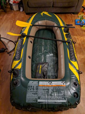 Intex Inflatable Boat Seahawk 2 for Sale in Mesa, AZ