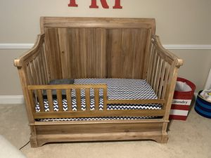Convertible Crib and Dresser/Changing Table for Sale in San Diego, CA