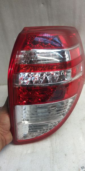 2009 2010 2011 2012 Toyota rav4 tail light for Sale in Lynwood, CA