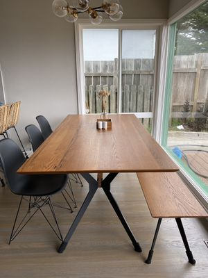 Living Spaces Weaver II Dining Set with Alexa chairs for Sale in Daly City, CA
