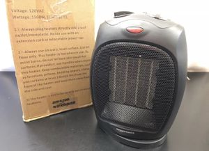 AmazonBasics 1500W Oscillating Ceramic Adjustable Thermostat Personal SPACE HEATER Black for Sale in Las Vegas, NV