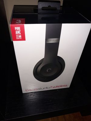 Beats studio 3 wireless or better offer for Sale in Pomona, CA