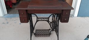 1909 Antique Singer Sewing Machine for Sale in Holiday, FL
