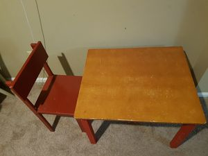 Kids table and a chair for Sale in Columbus, OH